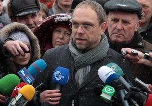 Мать Тимошенко не смогла приехать в колонию из-за плохого самочувствия