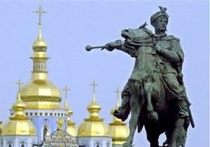 В Киеве проверят состояние памятников