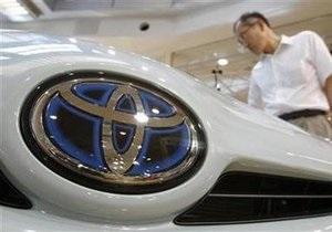 Toyota отзывает в США более миллиона автомобилей Corolla и Matrix