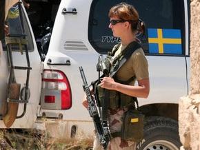 Элитных шведских спецназовцев отстранили за обнаженную фотосессию со служебным оружием