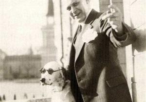 Архив: Нацисты пытались уничтожить бизнес финского фармацевта, чья собака умела  кидать зиги