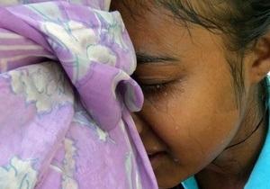 Из-за давки в индийском храме погибли и пострадали десятки людей