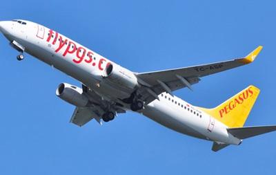 В Турции сел самолет с потерявшим сознанием пилотом