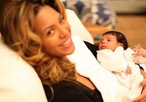 Бейонсе опубликовала первые фотографии дочери