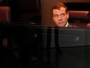 Медведев утвердил список обязательных в России теле- и радиоканалов