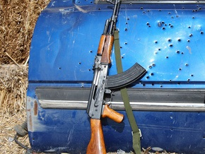 Перед оглашением итогов выборов в Афганистане значительно подорожали автоматы Калашникова