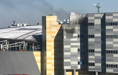 В Киеве горит крупный ТРЦ