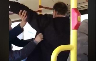 СБУ назвала фейком видео об избиении пассажира