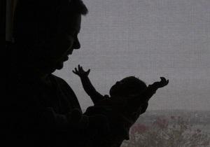 В Сумах пьяные родители потеряли младенца