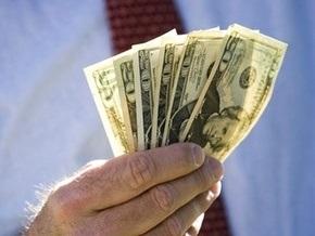 Курс продажи наличного доллара составляет 7,63-7,7 гривны