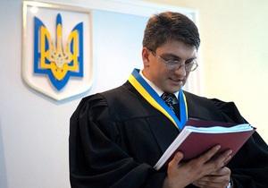 Бютовец подал в суд на Януковича за назначение Киреева