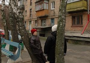 Власти Киева намерены исключить из квартплаты уборку скверов, детских и спортивных площадок