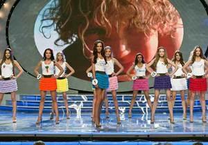 Полуфиналистки конкурса Мисс Украина оделись ради безопасного секса