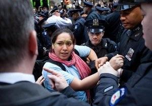 При разгоне митинга Захвати Уолл-стрит полиция задержала 73 человека