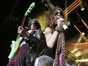 Вокалист Aerosmith опроверг информацию об уходе из группы