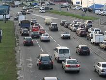 На дороги в 2008 году выделяют 10 млрд гривен, на аэропорты - один