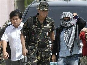 Главный подозреваемый в организации бойни на Филиппинах сдался властям