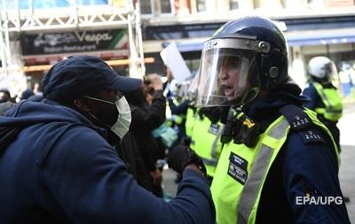 Акції в Лондоні і Парижі переросли в безлади