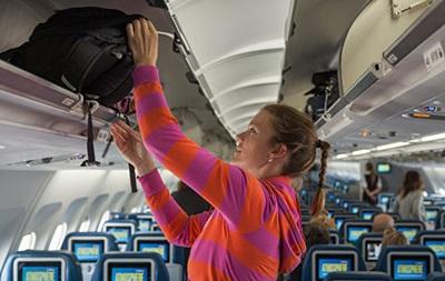 Італія заборонила ручну поклажу в літаках через коронавірус