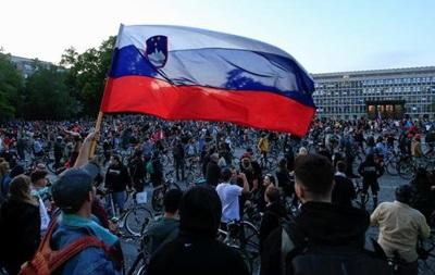 В Словении политический кризис из-за скандала о закупке масок и ИВЛ