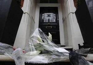 Дизайнер Александр Маккуин похоронен в Лондоне