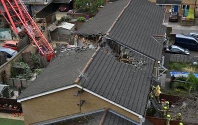В Лондоне при падении строительного крана погибла женщина