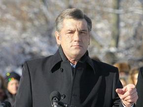 Ющенко настаивает на демонтаже памятников тоталитарного режима