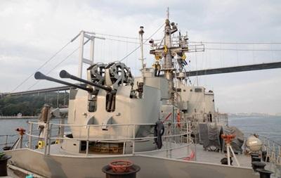 В Черное море вошли две группы кораблей НАТО