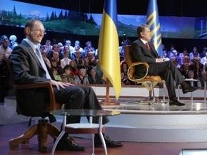 Ющенко осудил отставку Яценюка