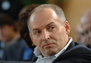 Давос-2010: Пинчук открыл Третий круглый стол по вопросам благотворительности