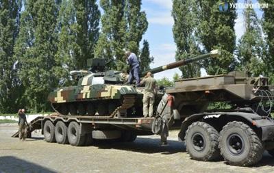 ВСУ передали модернизированные танки Булат