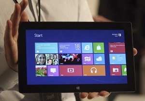 Продажи планшета Surface  скромные  - глава Microsoft