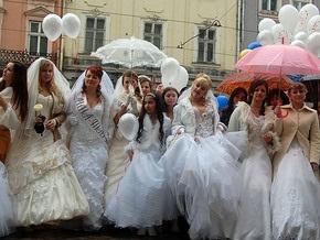 В Украине каждый 30-й брак заключается с иностранцем