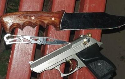 У Харкові чоловік обстріляв копів за порятунок його життя, є поранений