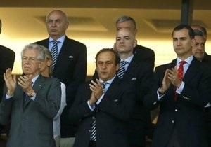 МИД: Количество VIP-персон на финале Евро-2012 свидетельствует о бесперспективности политизации спорта