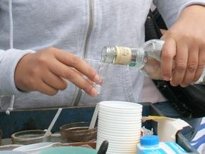 Житель Винницкой области варил самогон с помощью пластиковых бутылок