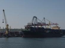 В Одесском порту обнаружено крупное масляное пятно