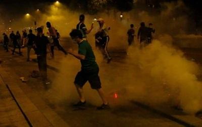 В Париже фанаты ПСЖ принялись громить город после поражения в финале ЛЧ
