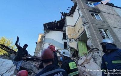 В столице Армении взорвался жилой дом