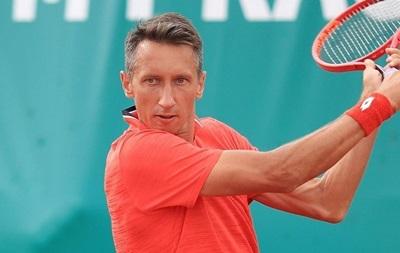 Стаховский разгромно проиграл на турнире в Праге