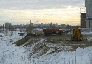 Киевлян зовут на акцию против застройки озера Тельбин
