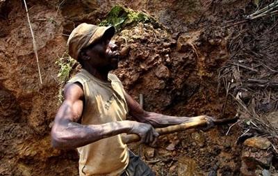 В Конго 50 человек погибли при обрушении шахты - СМИ