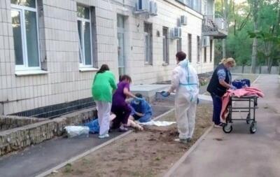 В  коронавирусной  больнице Киева погибли два человека за два дня
