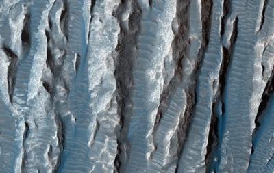 Источник жизни. На Марсе нашли озера жидкой воды