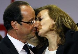 Выборы во Франции: спутница Олланда поддержала соперника его бывшей жены