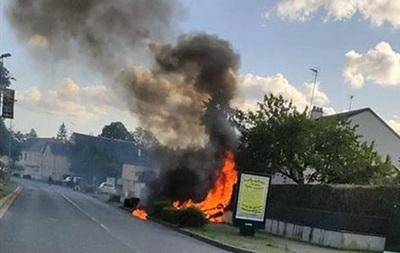 Во Франции столкнулись два самолета: есть жертвы