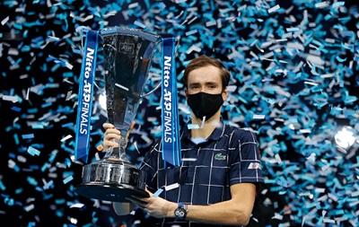Медведєв обіграв Тіма і виграв Підсумковий турнір ATP
