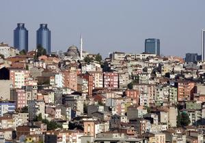 В Стамбуле обрушилось четырехэтажное здание