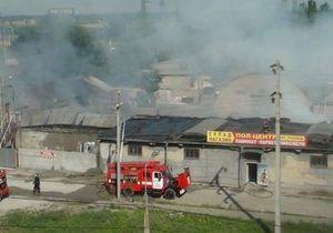 Мариуполь: крупный пожар на складах