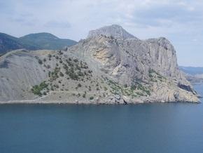 На крымских скалах разбилась туристка из России